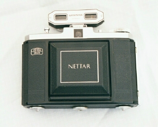 Zeiss-Ikon Nettar front veiw closed